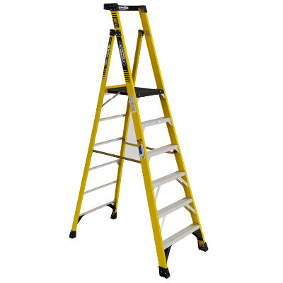 WERNER PD7306 6' FIBERGLASS PODIUM LADDER TYPE 1AA