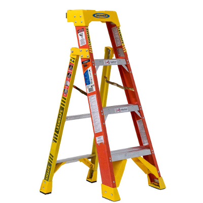 WERNER L6204 4' LEANSAFE FIBERGLASS LADDER TYPE 1A 300LB RATING